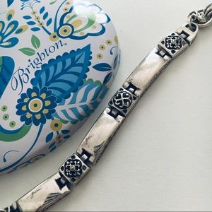 BRIGHTON Bracelet with collectible tin